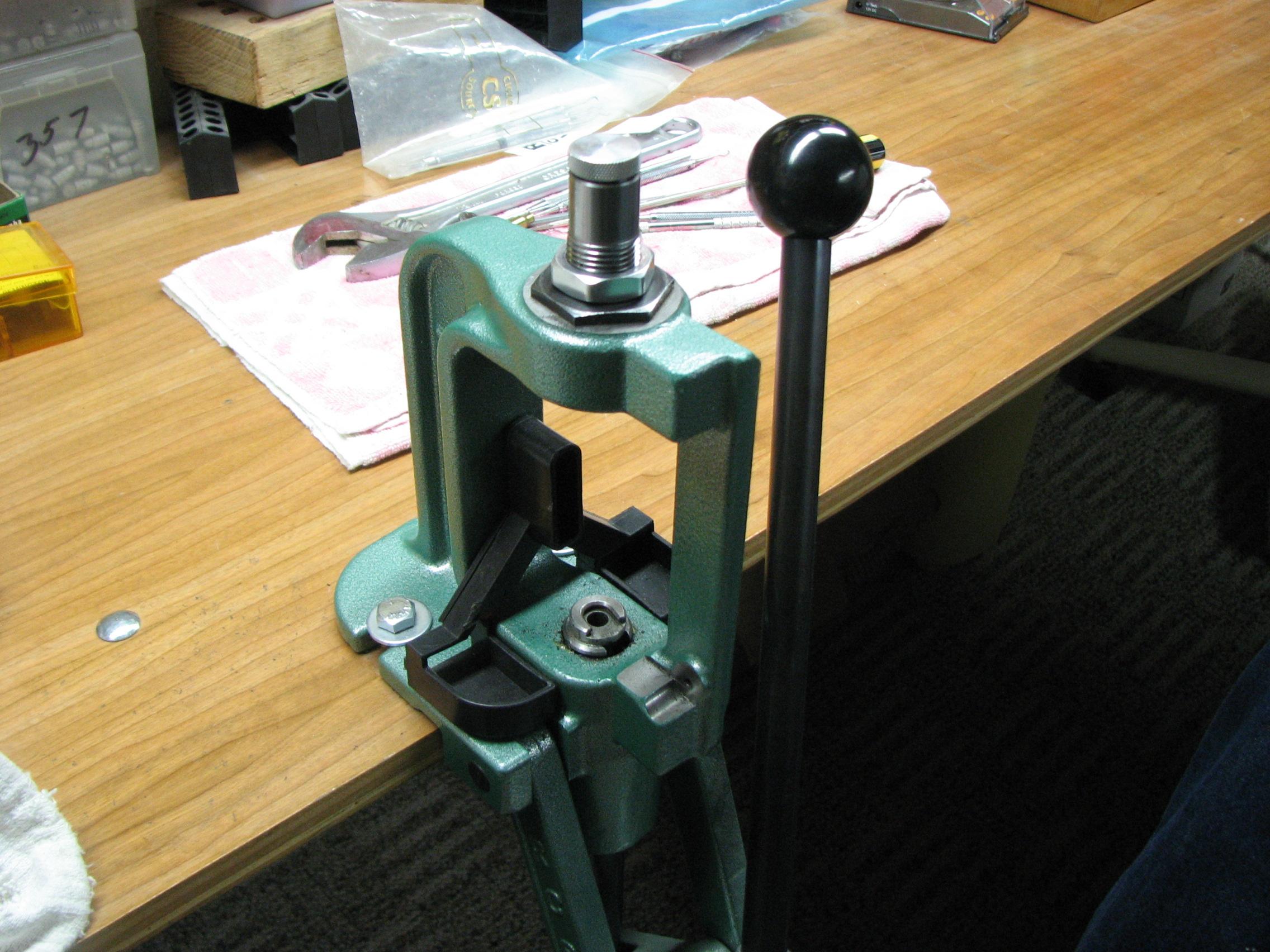 loading press