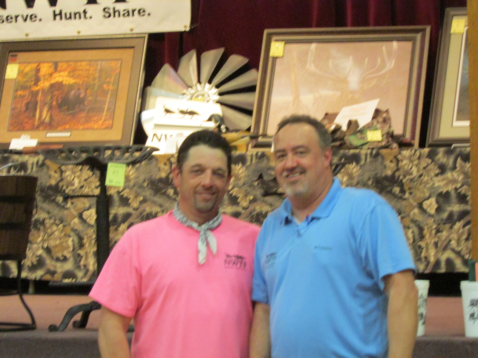 Oak Ridge Gobblers president Randy Book on the left and NWTF representative Dennis Conger served as hosts for the 2014 Oak Ridge Gobblers Hunting Heritage Banquet.